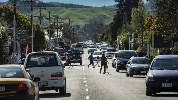 Downer will have the road maintenance contract for many council roads in Nelson and Tasman from July.