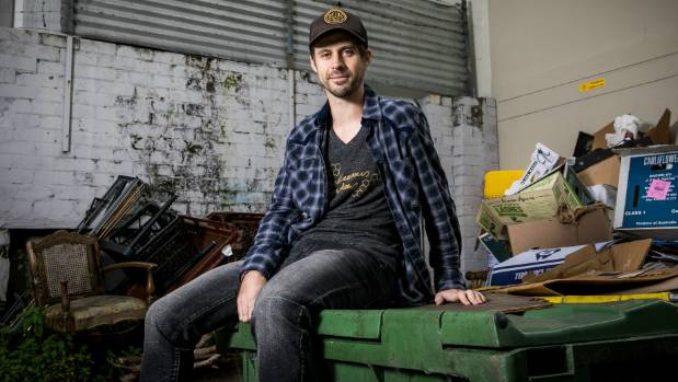 Dumpster diver David is trying to reduce food wastage by rescuing groceries from supermarket skip bins.