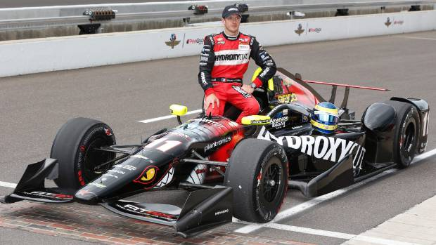 french indycar driver sebastien bourdais in hospital after high speed crash in indy 500. Black Bedroom Furniture Sets. Home Design Ideas