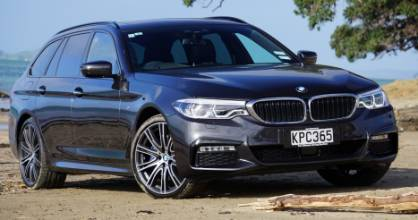 Yes the 530d is on a beach. Yes it's all-wheel drive. No, it's not an SUV (it's better).