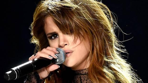 Selena Gomez suffers the autoimmune disease Lupus.