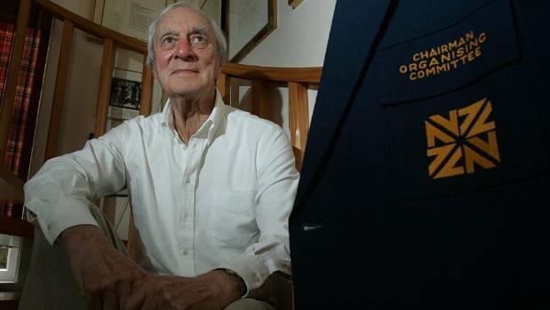 Sir Ron Scott in 2006.