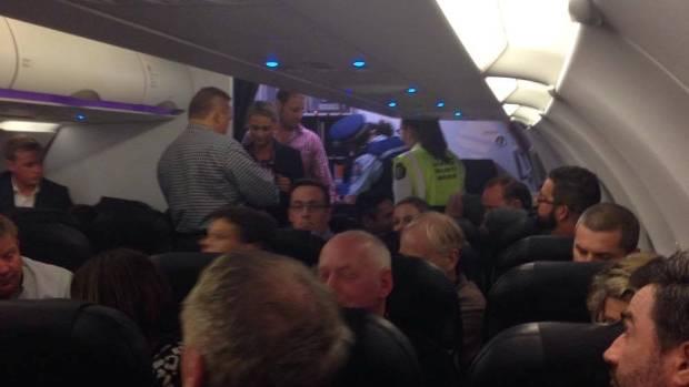 Police Arrest Disruptive Passenger At Christchurch