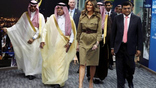 Melania Trump didn't wear robes or a veil when she visited the GE All women business process service center in Riyadh, ...