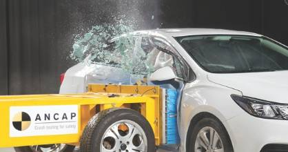Holden's new Astra has received a five-star safety rating from Ancap.