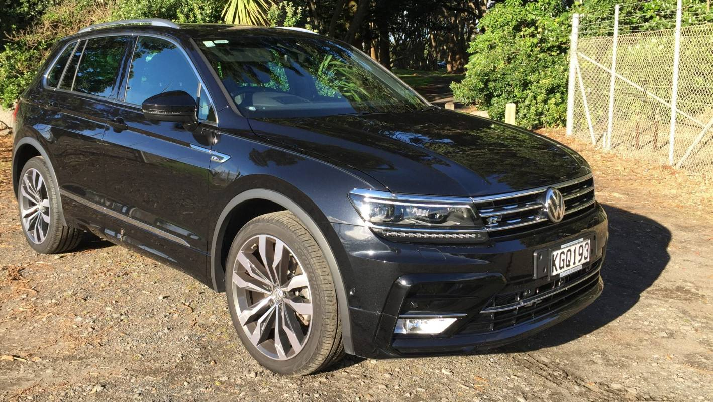 2017 Volkswagen Touareg V6 Sport With Technology >> Fast-forward for Volkswagen's turbocharged Tiguan R-Line ...