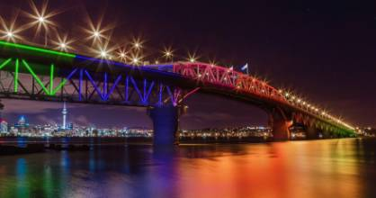 An impression of how the harbour bridge could be lit.