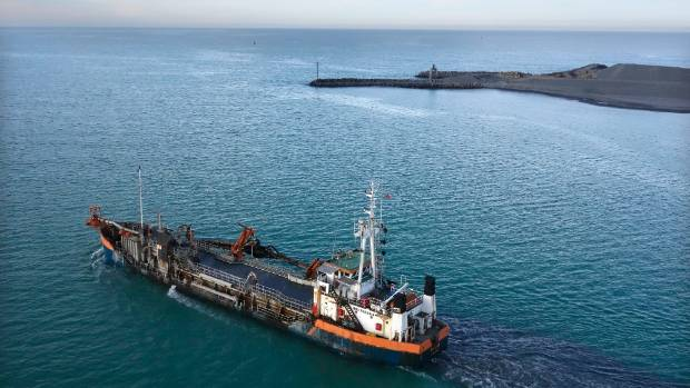 The Pelican Dredge has dredged the sands of the Timaru Harbour for the last time.