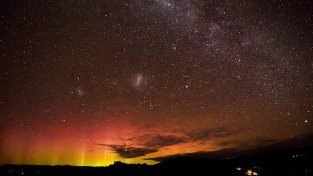 The Aurora lights up Motueka.