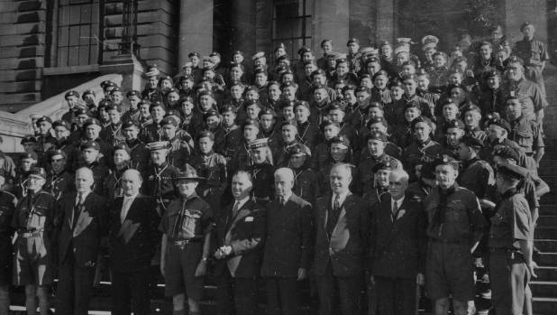 The 1957 Scout contingent on the steps of Parliament with then-Prime Minister, Sidney Holland, prior to their departure ...