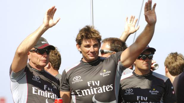 Oracle beats Kiwis to earn America's Cup match bonus point