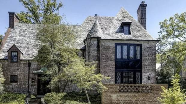 Obamas purchase their Washington DC rental house