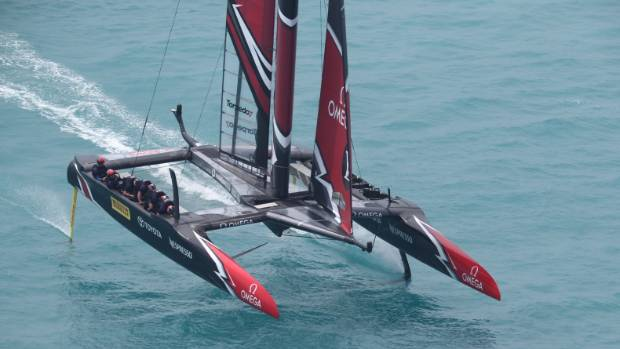 America's Cup faces scheduling nightmare with more light winds expected