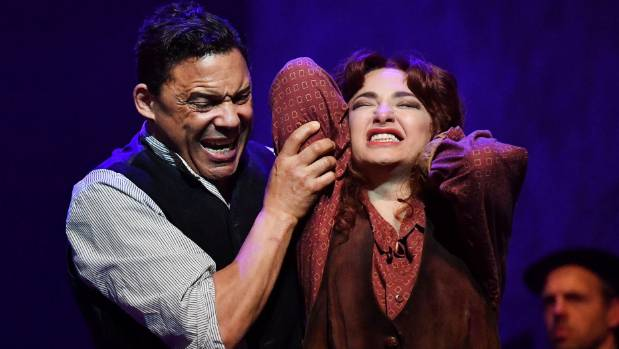 While Nino Surguladze is a most-convincing Carmen, Tom Randle seems miscast as Don Jose.
