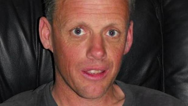 Dive squad join search for missing man