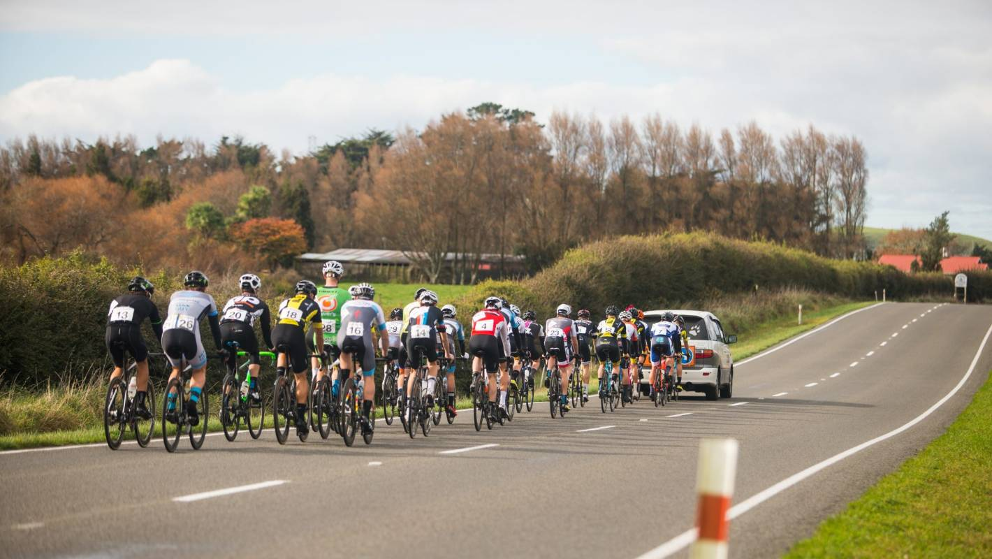 More than 150 cyclists take on Tour of Taranaki at Queens Birthday
