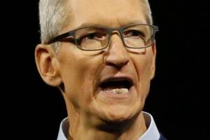 """Apple CEO Tim Cook: """"Equating [white supremacists and those who oppose them] runs counter to our ideals as Americans."""""""
