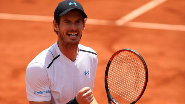 Andy Murray powers into French Open quarterfinals