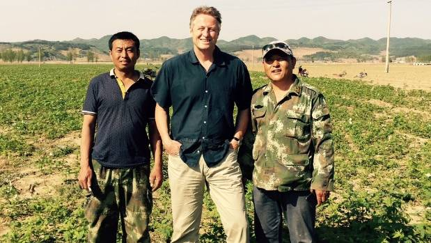 David Berry with two raspberry growers, Shandong Province, China.