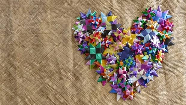 Visitors will be able to help weave stars for a piece of art to be displayed at the 2018 Commonwealth Games.