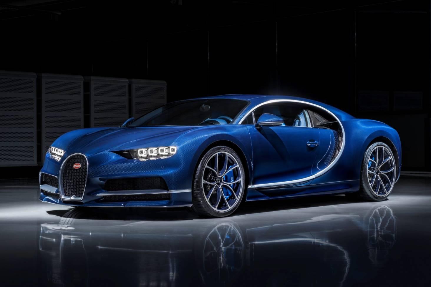 Driving The World S Fastest Most Luxurious Supercar The 4 Million Bugatti Chiron Stuff Co Nz
