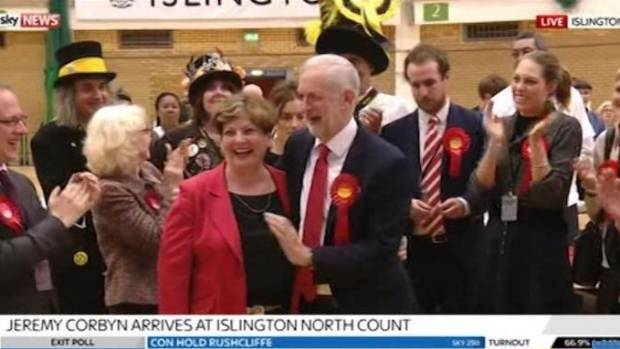 Jeremy Corbyn suffers high-five fail AGAIN in horrendously cringeworthy video