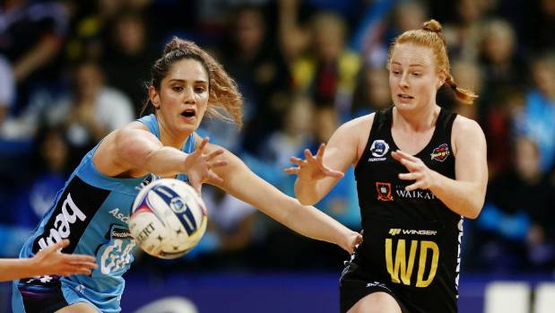 Sam Sinclair and the Magic have been handed a reprieve, thanks to the Mystics' shock loss to the Tactix.
