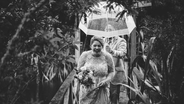 Hanna and Julian in the rain.