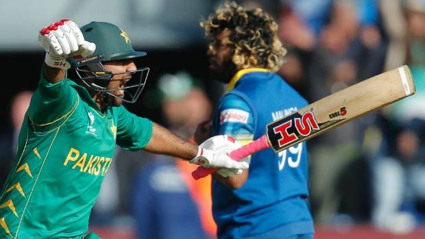 Champions Trophy: Pakistan bowl against Sri Lanka in 'quarter-final'