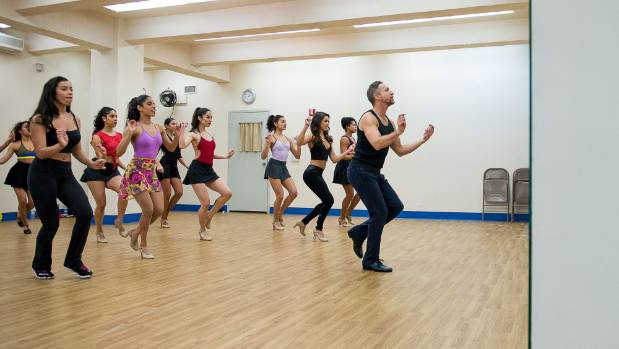 West Side Story director Joey McKneely teaches his cast Broadway legend Jerome Robbins' original choreography.