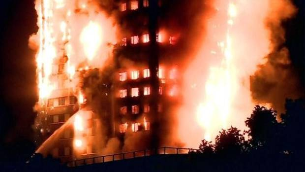 The height of the fire early on Wednesday, when hundreds of firefighters spent hours trying to get it under control. ...