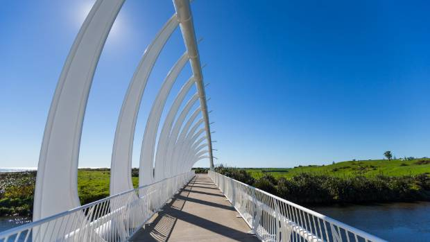 The Te Rewa Rewa Bridge has become and iconic part of the walkway.
