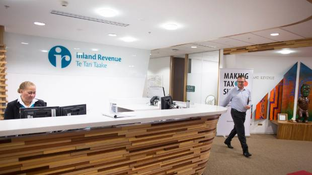 "Inland Revenue has argued the current system requires people to ""make a gamble"" about whether to contact the taxman."