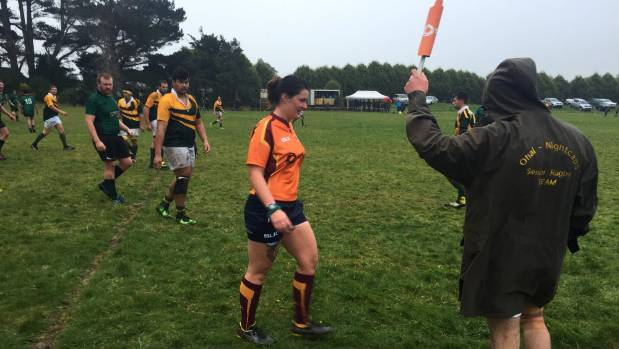 Cassie Watt referees the Tokanui and Ohai-Nightcaps game at Tokanui recently.
