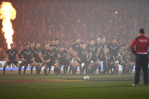 The NZ Maori lay down the challenge with a spine-tingling haka.