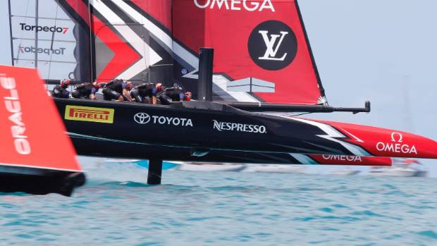 America's Cup: New Zealand take 1-0 lead over USA