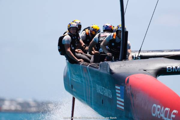 Oracle Team USA in race three of the America's Cup final.