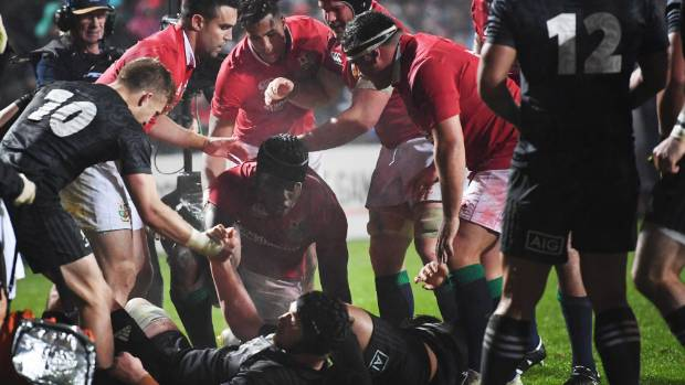 The Lions pack crushed New Zealand Maori and dominate Stuff's Team of the Week selections.