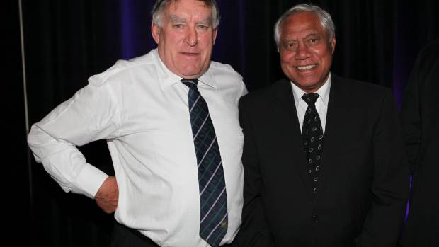 Waka Nathan (R), pictured with Colin Meads, shared John Reason's view on rugby's amateurism ideals.