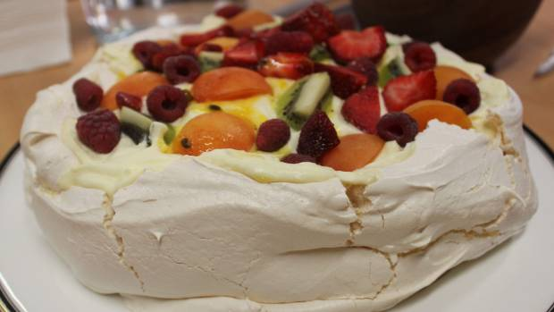 It's pavlova, people. Not pavalova.