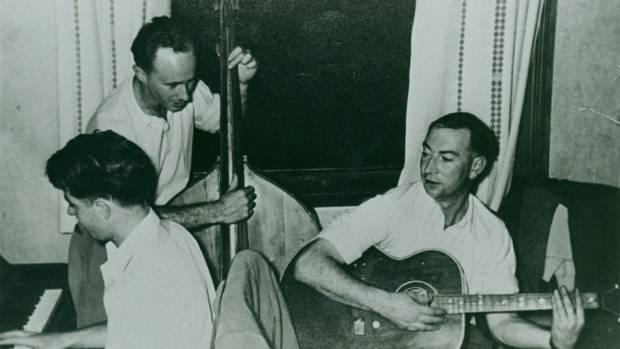Ronald Hugh Morrieson on guitar.