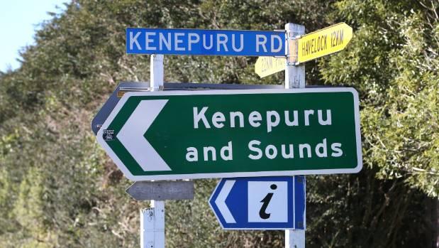 The turnoff to Kenepuru Rd, between Havelock and Picton.