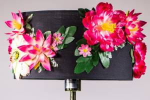 Create your own blooming and beautiful embellished lamp.