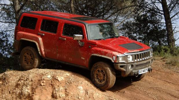 Most interesting thing about the Hummer H3 was its five-pot engine. Interesting, but not powerful. Not even close.