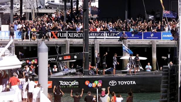 Burling, Team New Zealand win Race 7 in America's Cup
