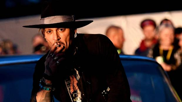 Johnny Depp apologizes for assassination joke
