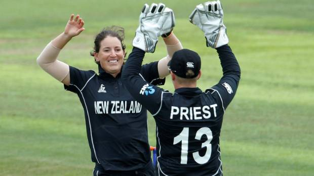 Bates, Huddlestone power NZ to win over Sri Lanka
