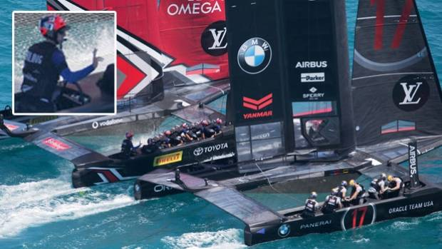 Peter Burling's bye-bye to Jimmy Spithill as Team NZ charge out of the start box