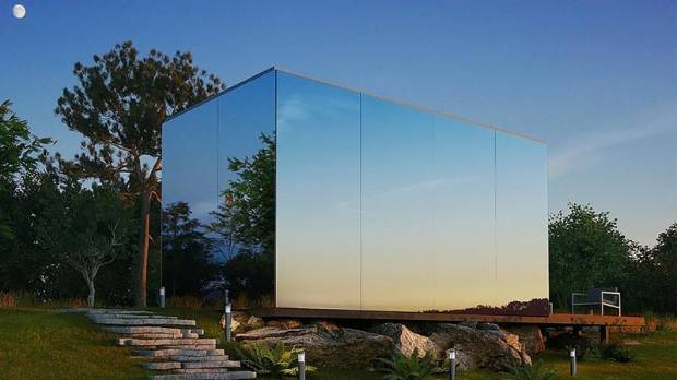 Invisible Mirror Cabin Can Be Assembled In Just Eight