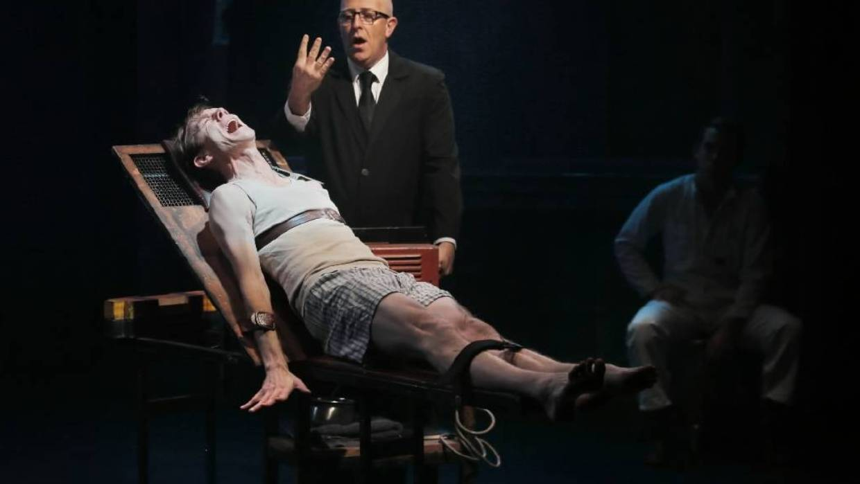 Stage Adaptation Of Orwells 1984 Leaves Audiences Fainting And